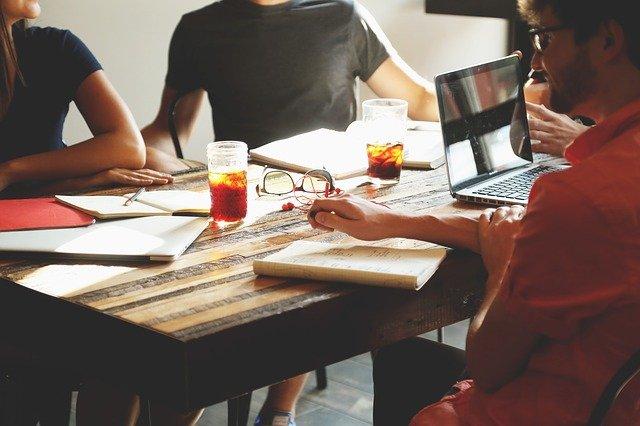 Comment faire connaitre son entreprise sur internet : 17 façons