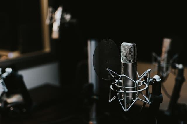 Micro podcaster