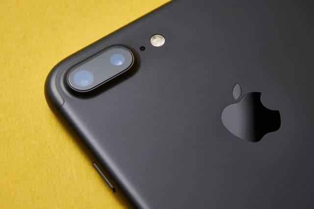 Comment faire avec un iphone bloqué sur la pomme ?