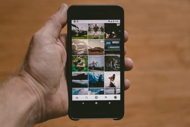 Qu'est-ce qu'un feed instagram ? Astuces et applications pour un beau feed intagram